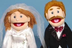 عروس و دامادی که همه چیزشان شبیه هم است